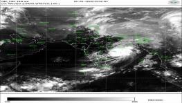 Packing Furious Winds, Heavy Rains, Cyclone Fani Batters Odisha Coast