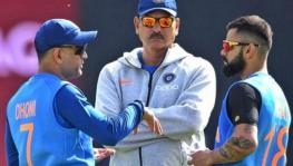 MS Dhoni, Ravi Shasti and Virat Kohli of the Indian cricket team