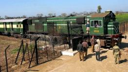 Pakistan Halts Samjhauta Express Train Service With India