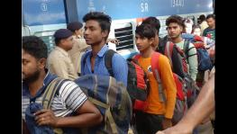 Migrant workers from West Bengal reached Kolkata Station after being evacuated from Kashmir