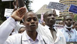 Ghana doctors call off their strike