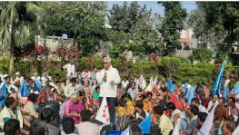 No Food or Rehabilitation, Narmada Flood Victims Protest Against MP Govt's Apathy