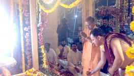 Adityanath attends religious ceremony at Ayodhya despite curfew due to Coronavirus threat.