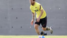 Lionel Messi trains in Barcelona
