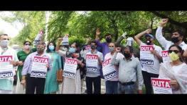 DUTA protest against delhi govt for withholding teachers and employees' salaries