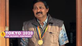Ravinder Pal Singh with his gold medal from the Moscow Olympics 1980