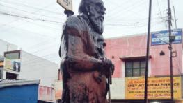 Outrage in TN After Periyar's Statue Found Smeared with Saffron Paint