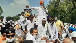 Bharatiya Kisan Union Haryana leader Gurnam Singh Churani addressing the farmers' rally at Pipli in Kurukshetra. Image Courtesy - Twitter