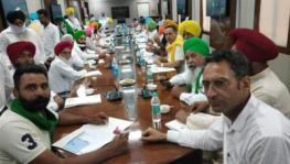 farmers boycott meeting after minister not present