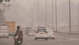 Delhi air quality borders severe