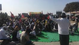 Chagan Lal Chaudhary of AIKS addressing the protesters at Rajasthan-Haryana border. Image clicked by Ronak Chhabra