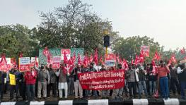 State unit of CITU carried out a march to Delhi Secretariat. Image clicked by Sumedha Pal