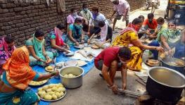Maharashtra: In Aurangabad, Women Cooks Stare at Bleak Future Due to COVID-19 Curbs