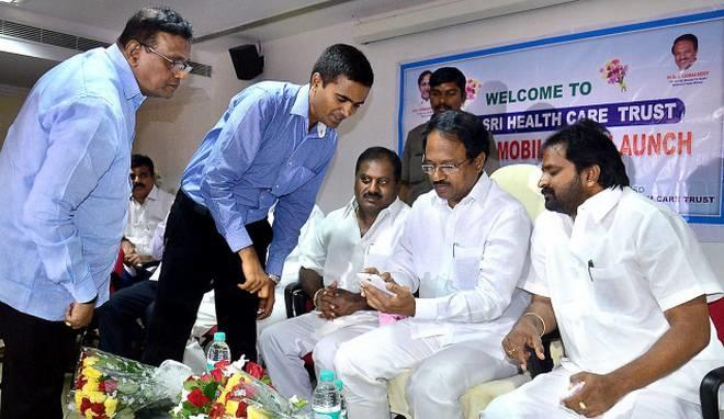 Telangana Health Minister C. Laxma Reddy along with Chief Executive Officer of Aarogyasri Health Care