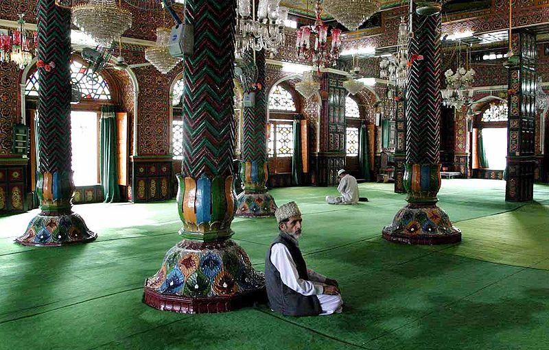 Why Indian Muslims Feel Let Down by Their Leaders