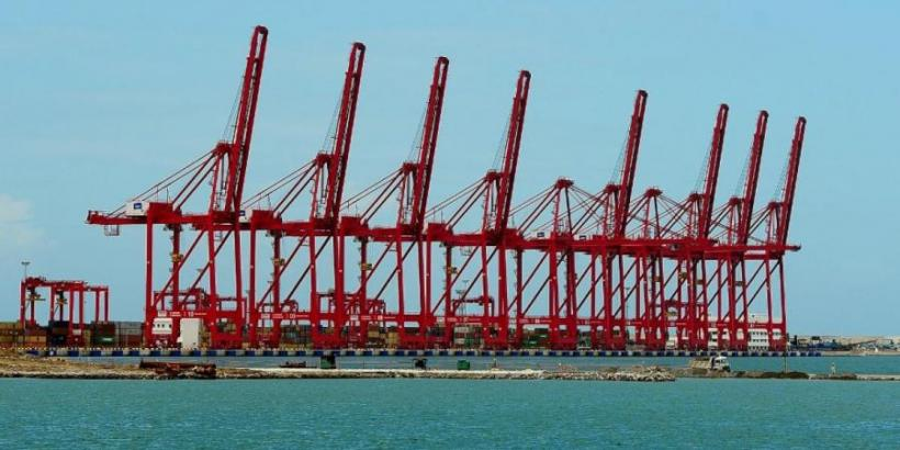 Colombo Port Workers in Sri Lanka Stop Work in Protest Against Privatisation of ECT
