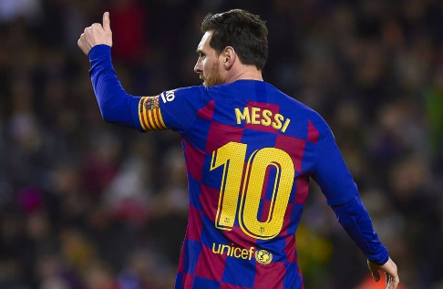 Lionel Messi to remain at FC Barcelona