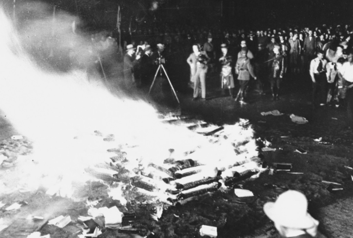 Nazi's Boook burning